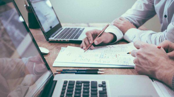 Políticas de uso de redes sociales en la empresa - Leon Kadoch - Consultor de Marketing Digital y Comunicación Corporativa en Panamá